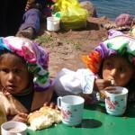 Mädchen am Titicacasee